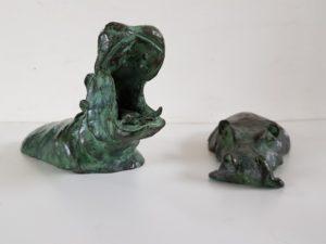 Bronze hippo happy kunstvanmariekedejong